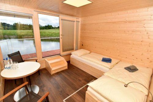 Nové Hausboaty: 21