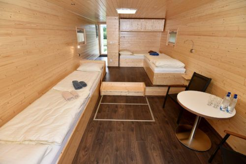 Nové Hausboaty: 22