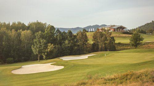 Golf course: 16