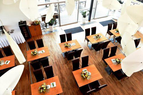 Restaurant: 17